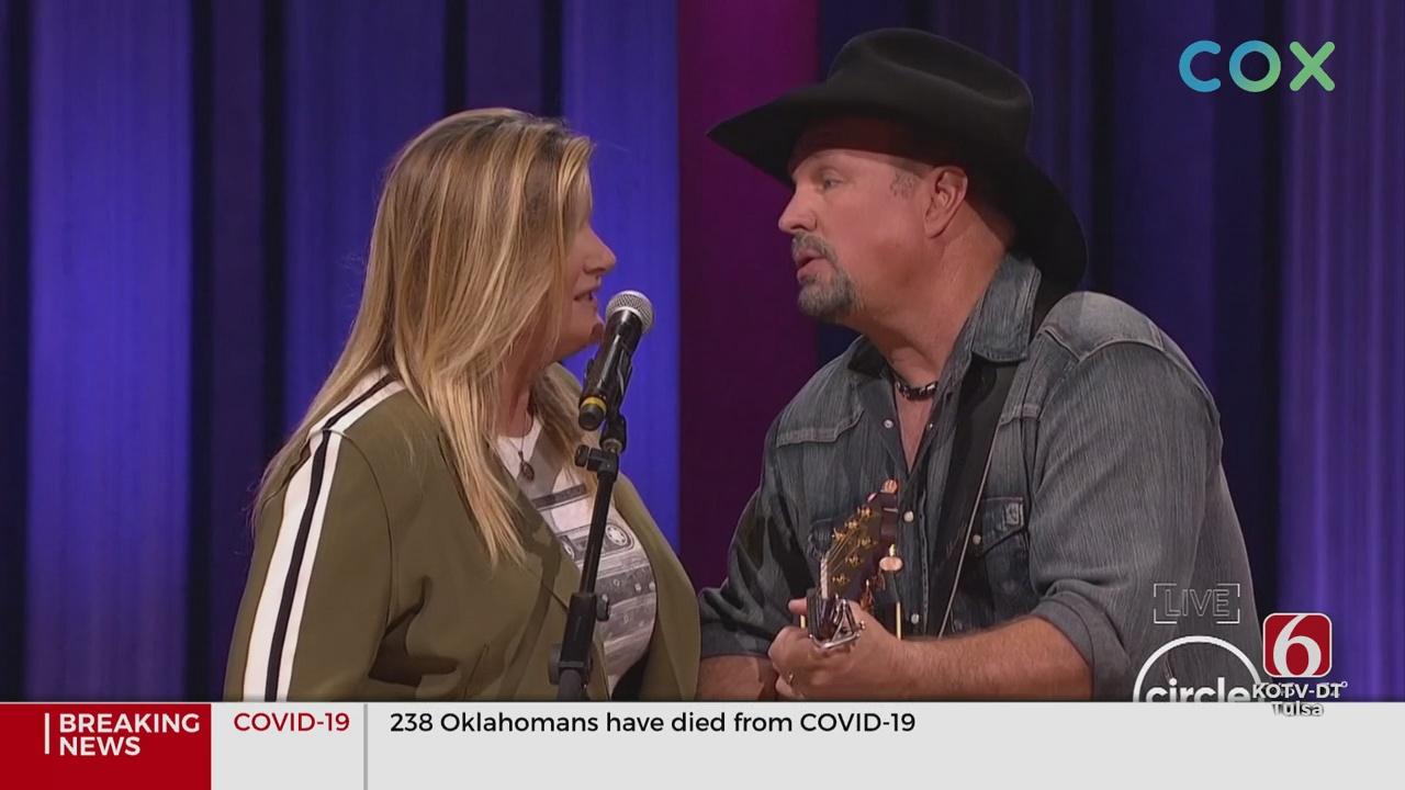 Garth Brooks And Trisha Yearwood Took The Grand Ole Opry Stage