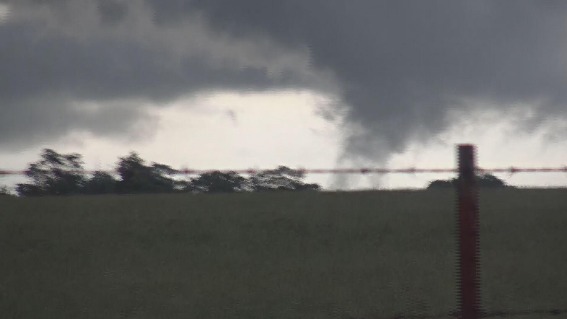 JD McManus Captures Tornado Northwest Of Siloam Springs