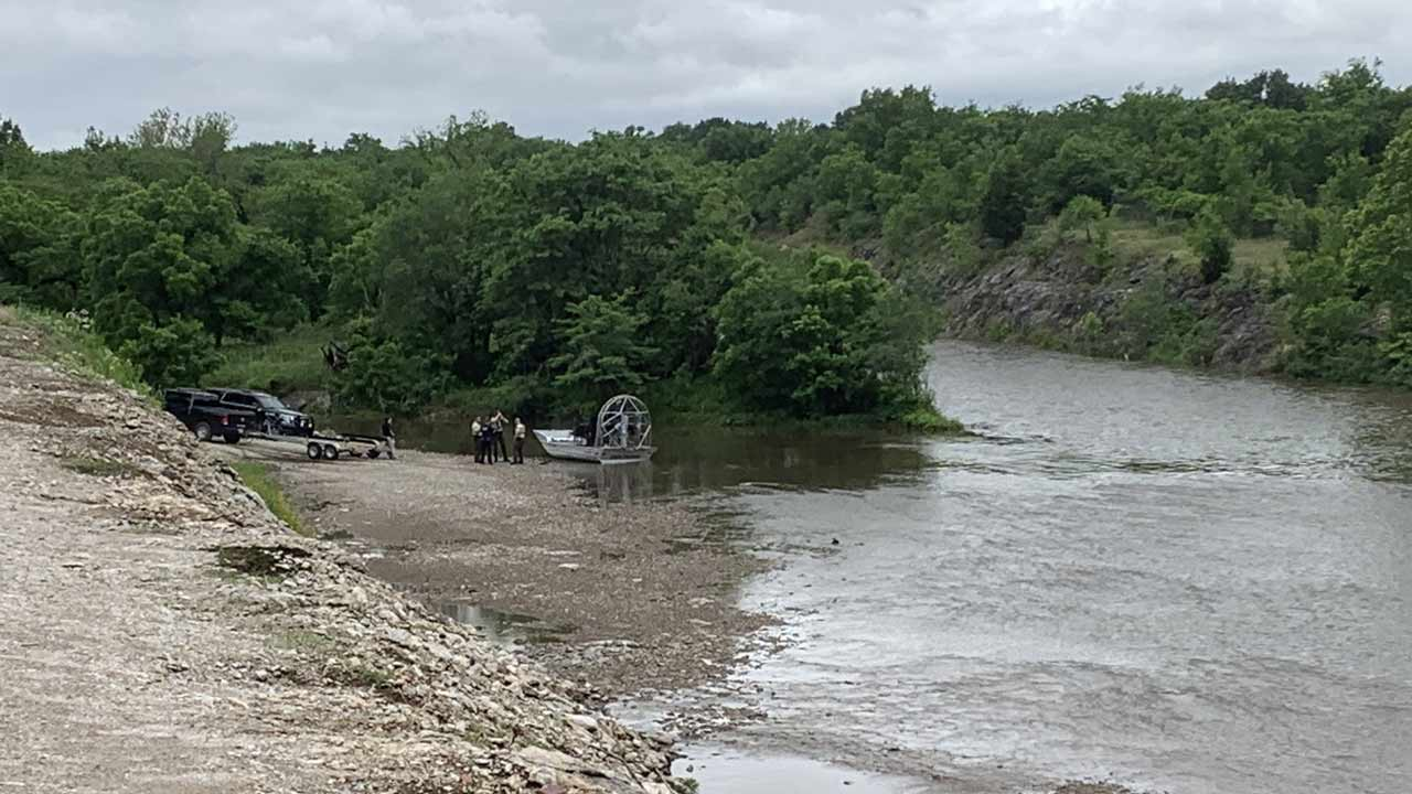 Tulsa Police Team With OHP To Search Creeks For Missing Toddlers