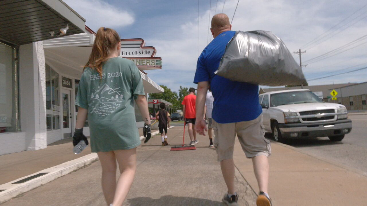 Volunteers Help Clean Up After Weekend Protests In Tulsa's Brookside Area