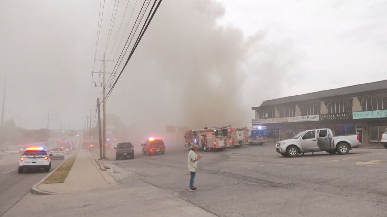 Building Catches Fire In Tulsa, Firefighters Report No Injuries
