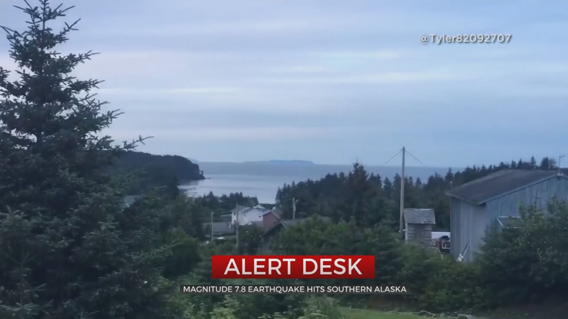 Powerful Quake Jolts Alaska Towns, Produces Small Tsunami
