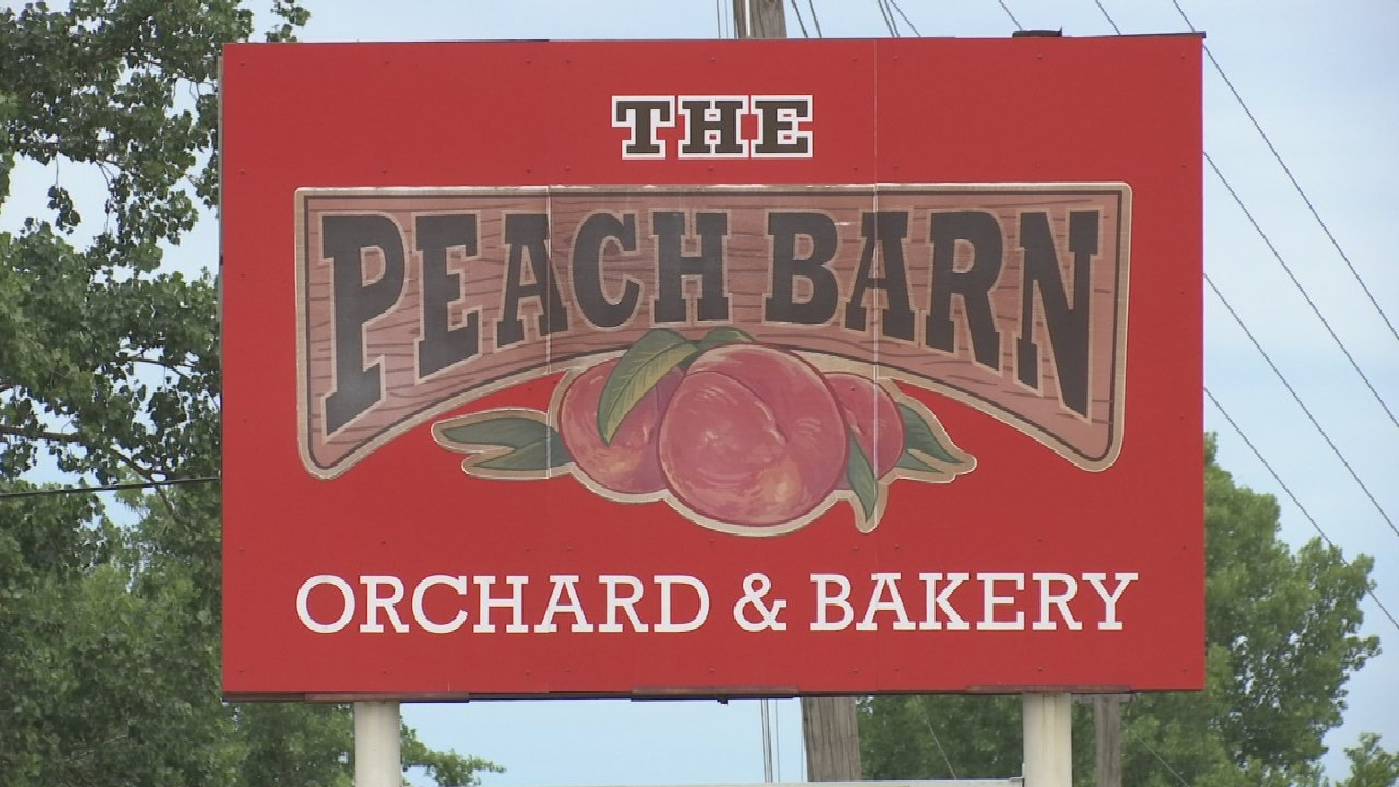 On The Road With Jim Jefferies: Peach Barn Orchard & Bakery