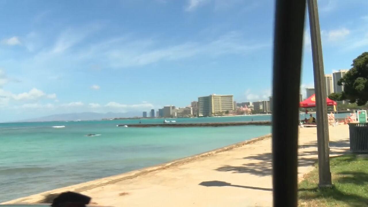 Hurricane Douglas Threatens Hawaii