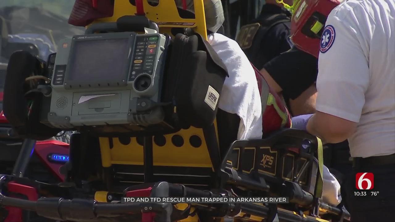 Tulsa Authorities Rescue Man From Arkansas River