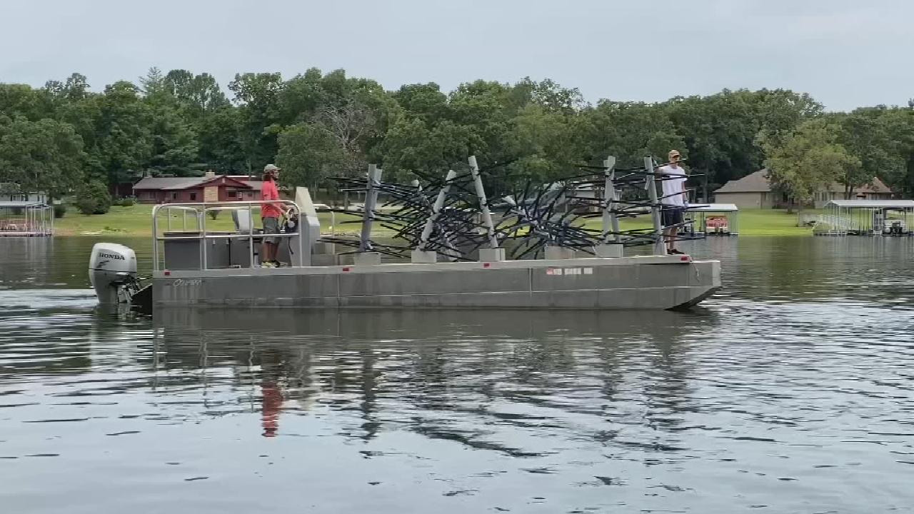 Oklahoma Department of Wildlife Sinks New Fish Habitat Into Grand Lake