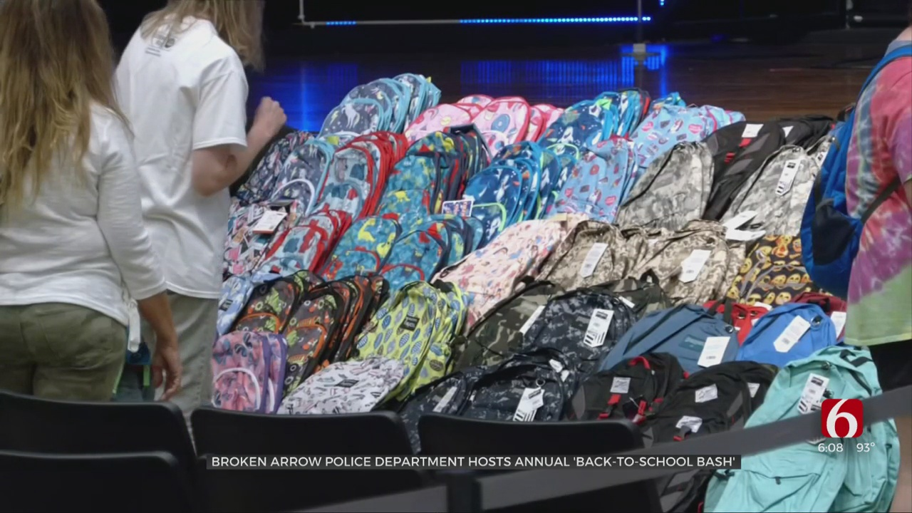 Broken Arrow Police Give Away School Supplies At 'Back To School Bash'