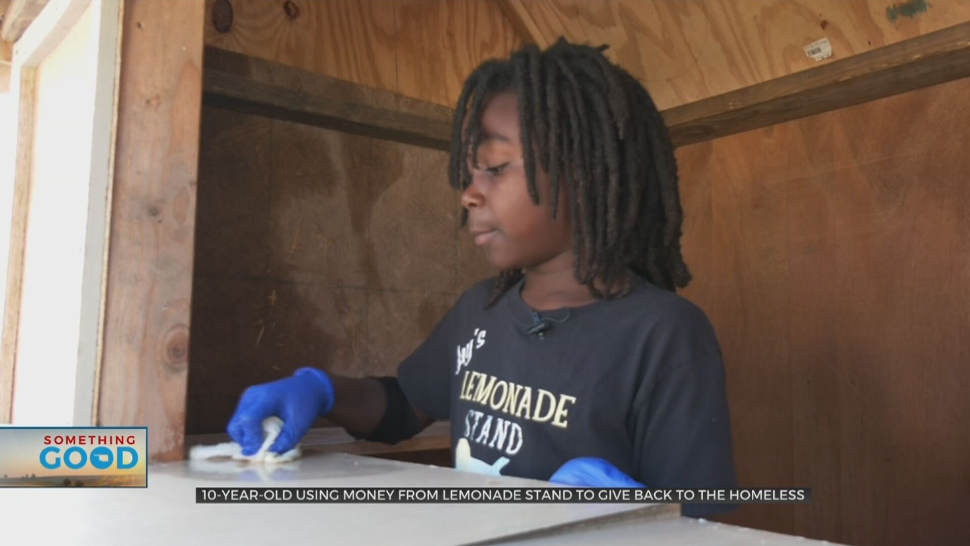 10-Year-Old Donates Lemonade Stand Sales To Homeless In Need