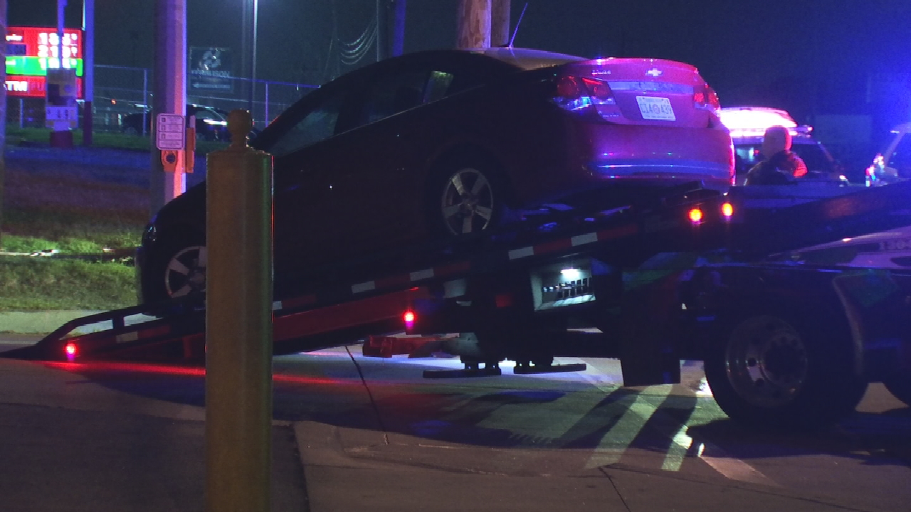 1 Person In Custody After Armed Robbery Pursuit; Police Search For 2nd Suspect