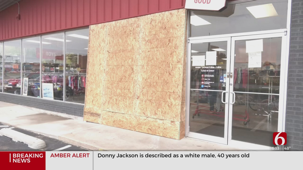 TPD Searching For Suspect Who Drove Into Thrift Store