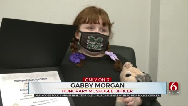 Muskogee Police Grant 9-Year-Old Girl's Christmas Wish To Be Police Officer