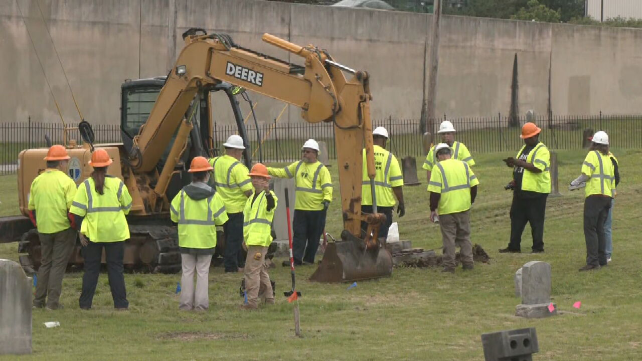 New Team Of Archaeologists To Aid In Search For Mass Graves At Oaklawn Cemetery