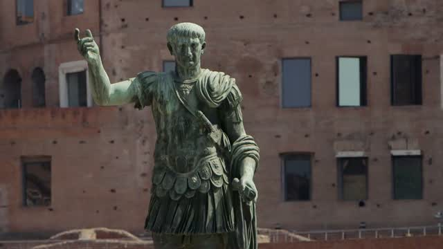 Exploring Rome's Relationship With Monuments To Warlords