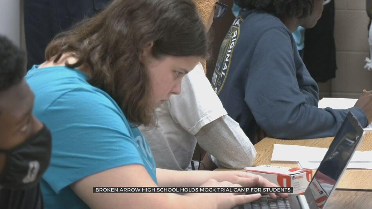 Broken Arrow Highschool Holds Mock trial Camp For Students