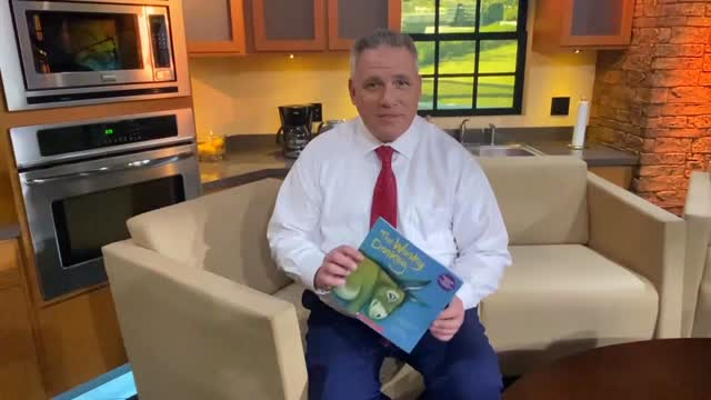 Story Time: Craig Day Reads 'The Wonky Donkey'