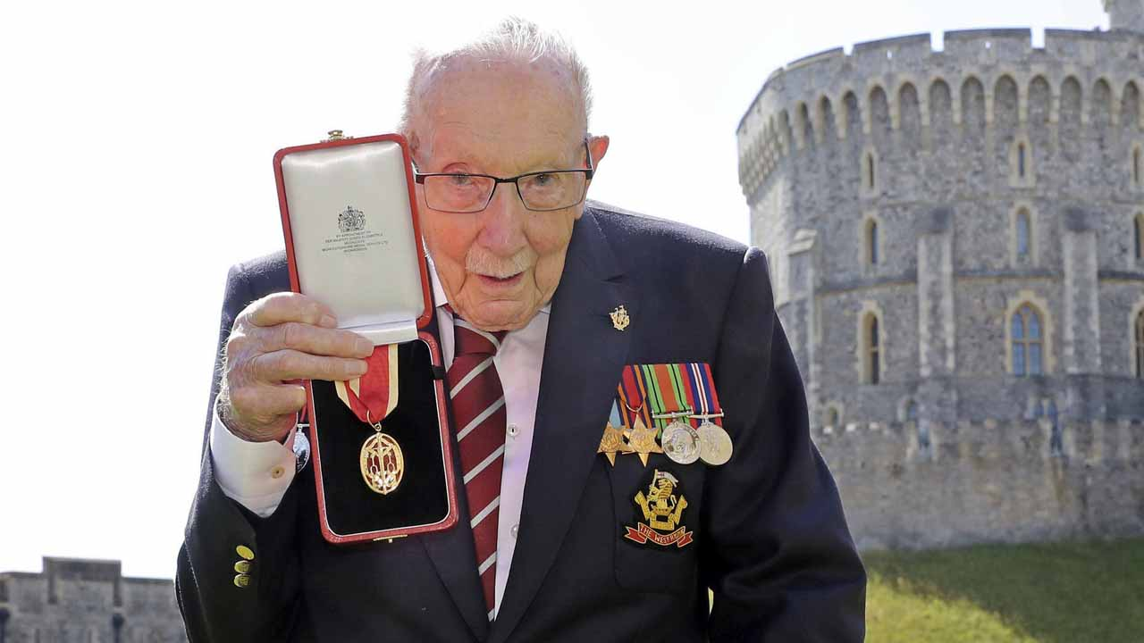 Capt. Sir Tom Moore, UK Veteran Who Walked For NHS, Dies At 100