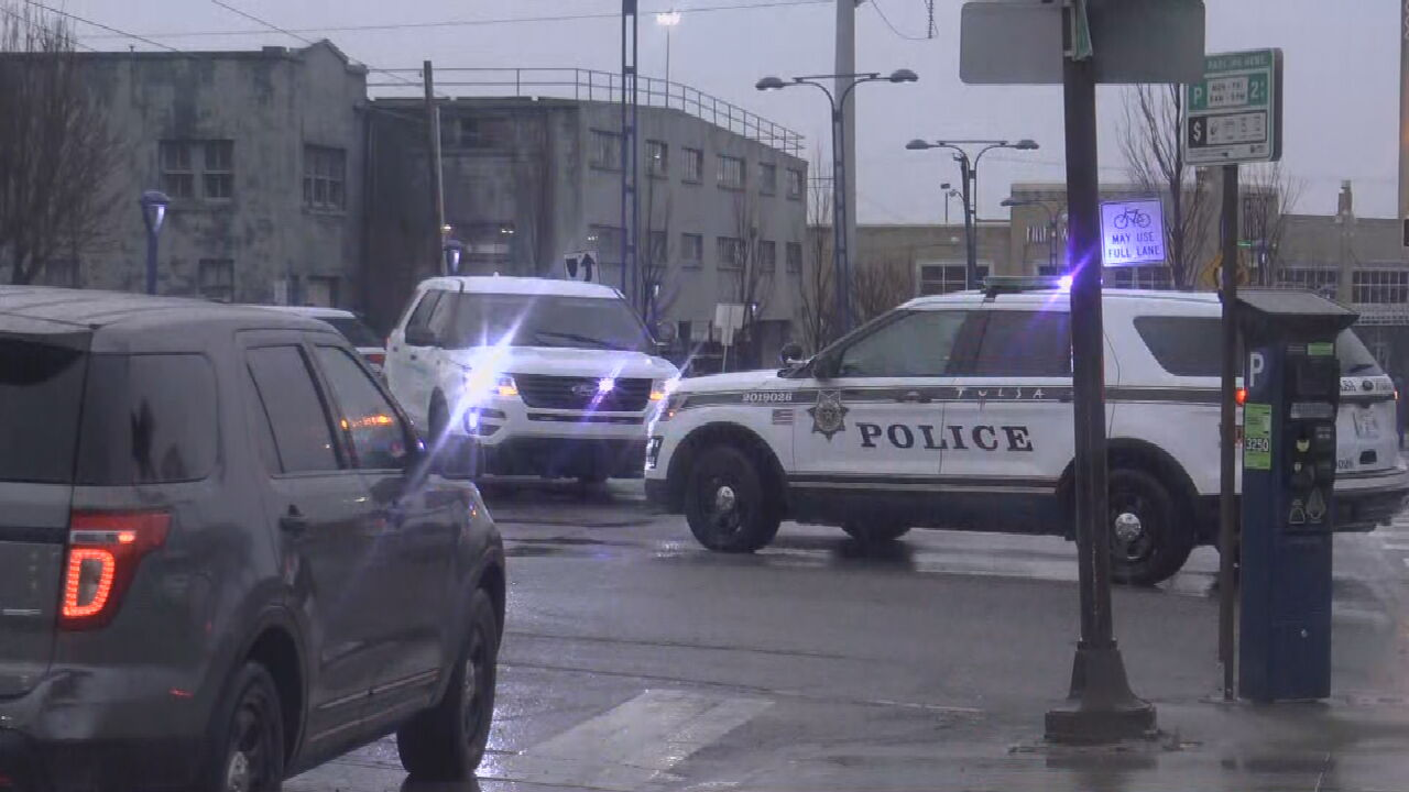Tulsa Police Investigate After Body Found At Downtown Tulsa Intersection