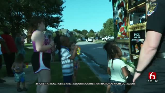 Broken Arrow Police, Residents Gather For National Night Out Event