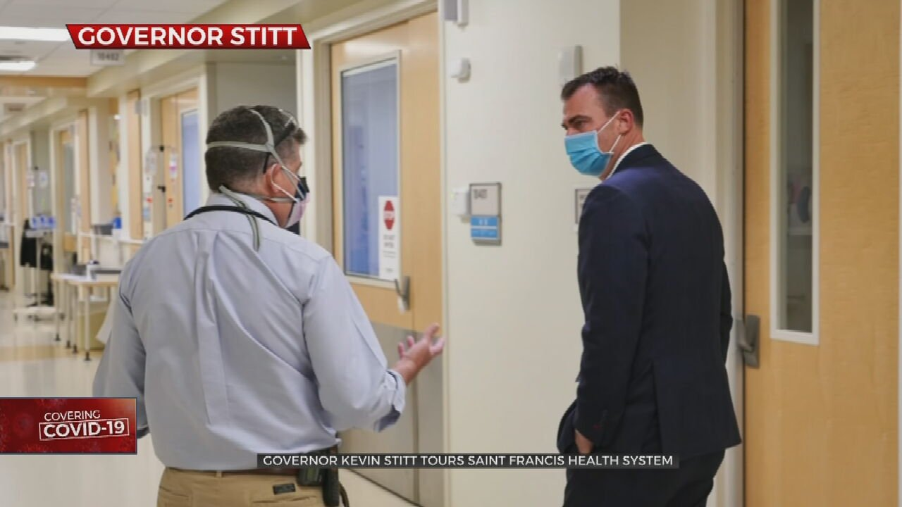 Gov. Kevin Stitt Meets With Frontline Healthcare Workers During Hospital Tour