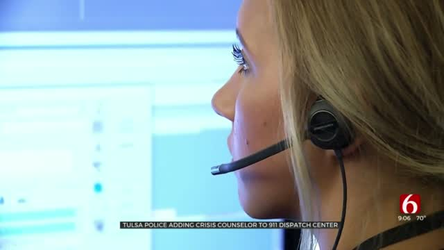 Tulsa Police Add Crisis Counselor To 911 Dispatch Center