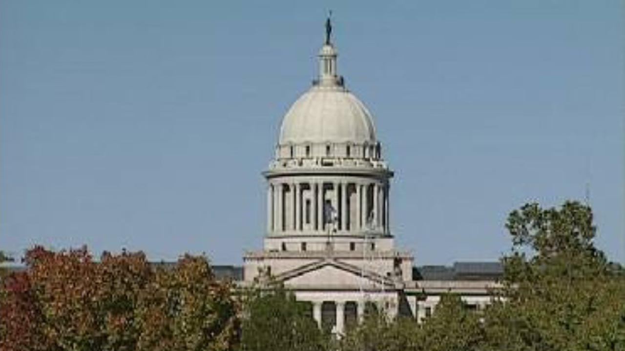 Members Of Next State Legislature Begin Working On Tuesday