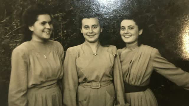 Holocaust Survivor Connects With Family Of The Soldier Who Helped Save Her