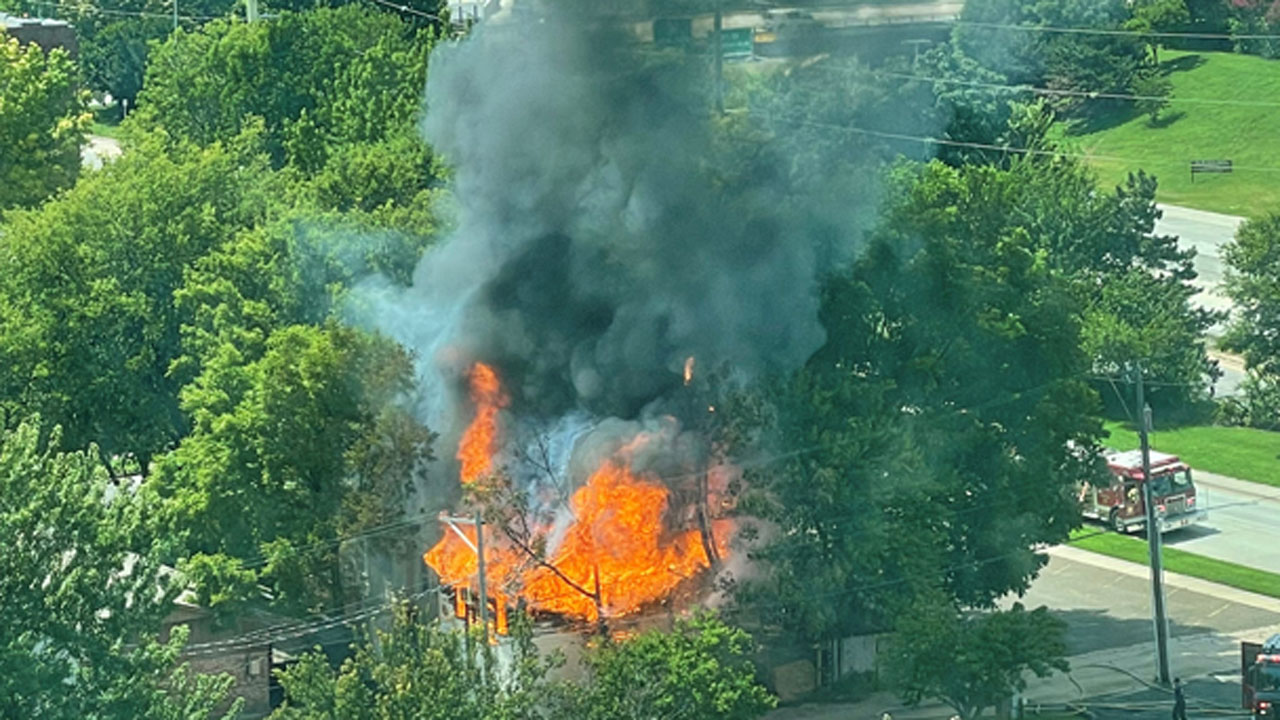 Firefighters Extinguish Fire That Engulfed Garage In Downtown Tulsa