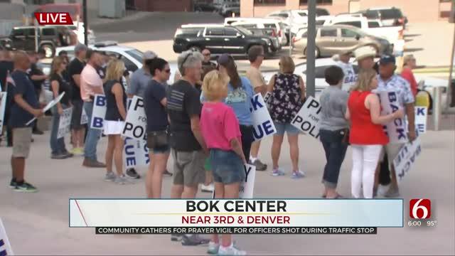 Tulsans Hold Prayer Vigil To Honor Tulsa Police Officers