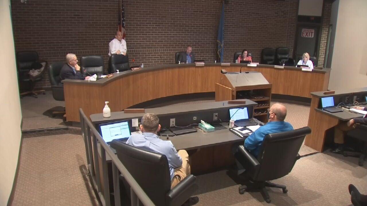 Broken Arrow City Council Votes Against Mask Resolution