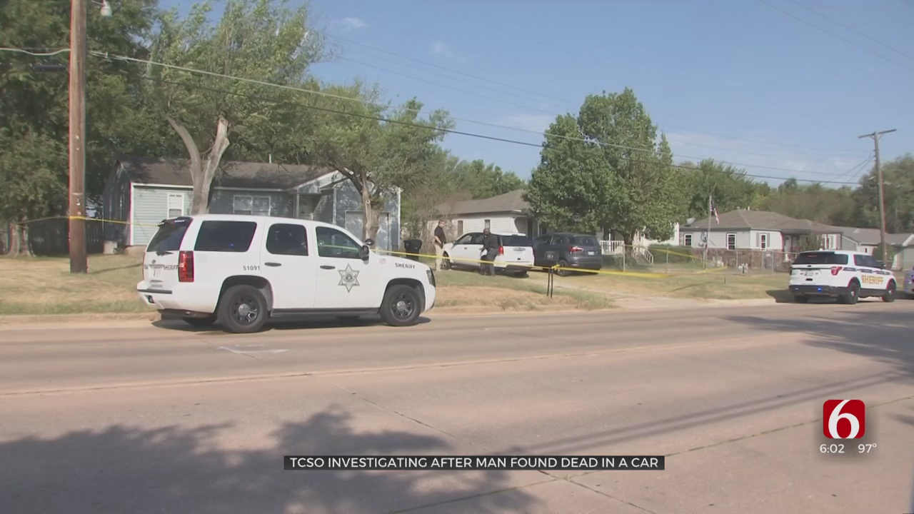 Man Found Dead In Car In Front Of Tulsa House