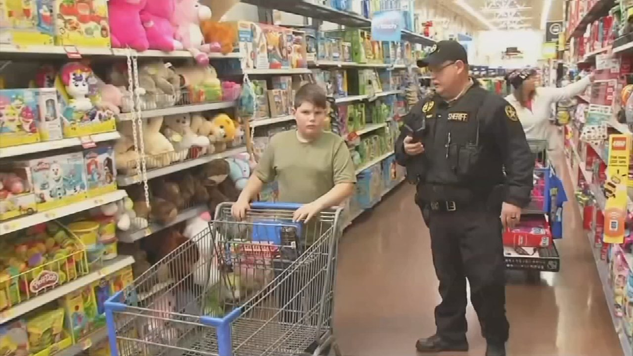 Rotary Club Of Tulsa Hosts Annual Shop With A Cop Event