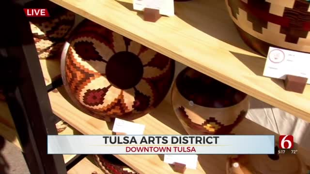 Watch: Travis Meyer Talks With A local Woodworker At Mayfest