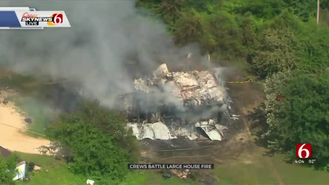 Watch: Osage SkyNews 6 Flies Over Tulsa House Fire