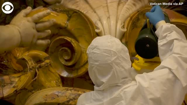 Watch: Cleaners disinfect St. Peter's Basilica