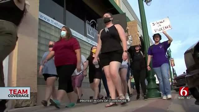 Teen Leads Peaceful Protest In Claremore