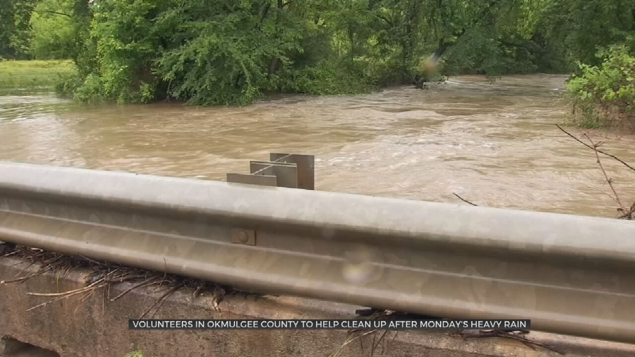 Volunteers Arrive In Okmulgee County To Help Clean Up After Flash Floods