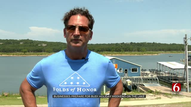 Businesses Prepare For Busy Holiday Weekend On The Lake