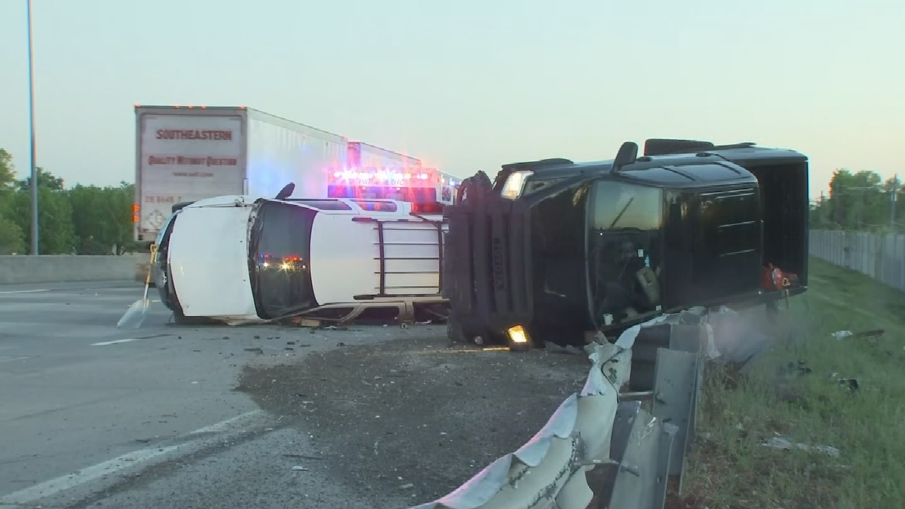 Tulsa Police Still Searching For Driver Involved In Multi-Vehicle Hit & Run Crash On US-169