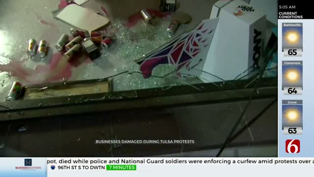 Crowds Damage Businesses Near 71st And Memorial