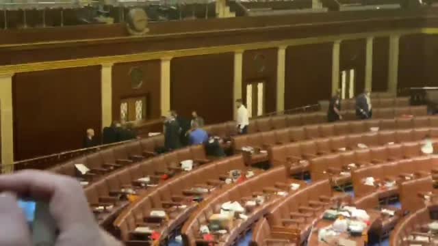 Warning Strong Language: Capitol Hill Police block Main Door To The House Chamber