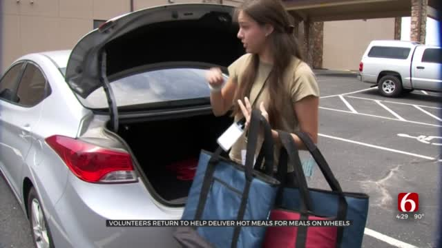 Meals On Wheels Volunteers Are Back On The Road To Deliver Hot Meals