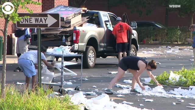 Watch: Chicago Businesses Clean Up After Overnight Damage, Looting