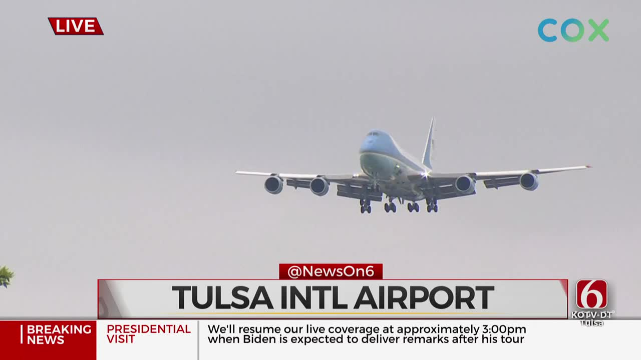 Air Force One Arrives In Tulsa