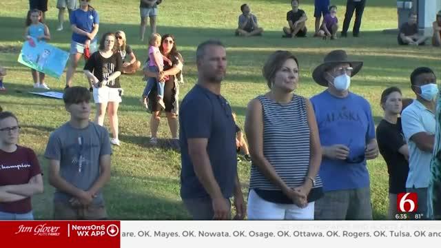 Broken Arrow Community Holds Vigil At Park, Show Support For Law Enforcement