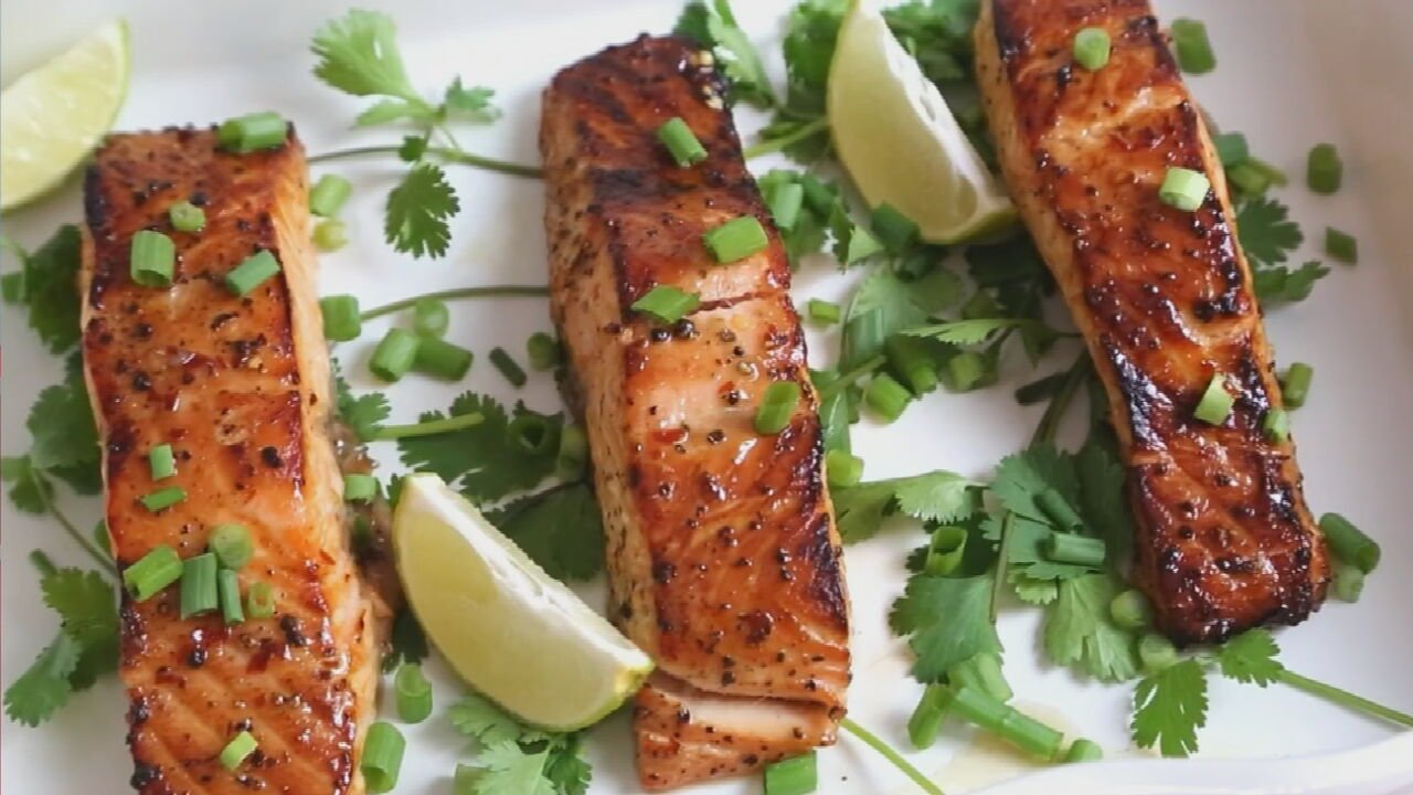 Thai Broiled Salmon With Sweet Chili Sauce