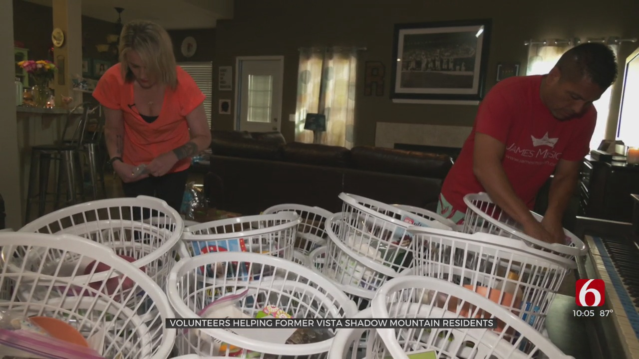 Volunteers Provide Basic Necessities For Displaced Vista Shadow Mountain Residents & Their Pets