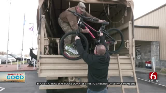 Broken Arrow Elks Lodge Donates Gifts To Children Of Service Members