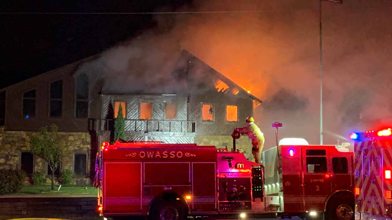 Firefighters Respond To Owasso Business Fire