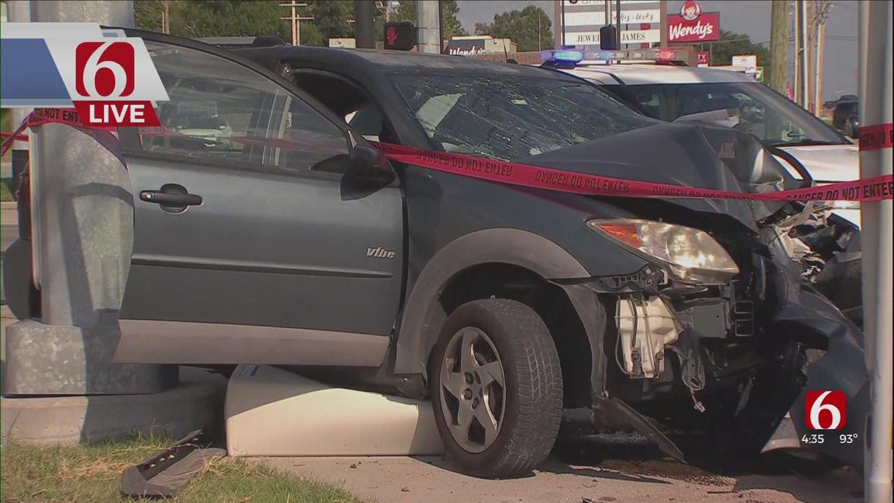 Man Taken To Hospital After Head-On Crash In Tulsa