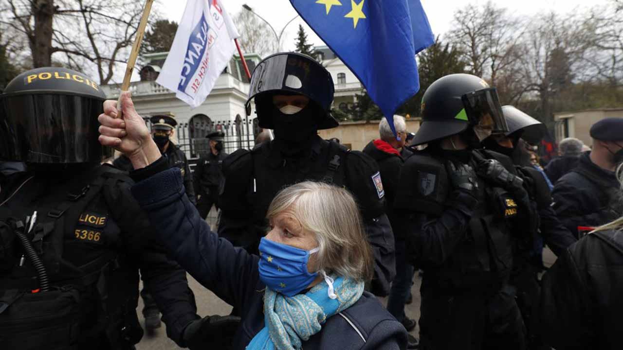 EU Warns 'Spark' Could Set Off Escalation At Ukraine Borders